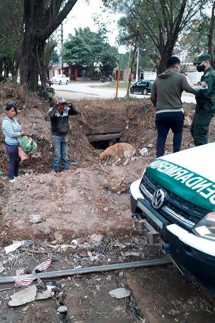 Efectivos de Gendarmería descubrieron el ingreso ilegal de tres ciudadanos bolivianos a través de los túneles pluviales