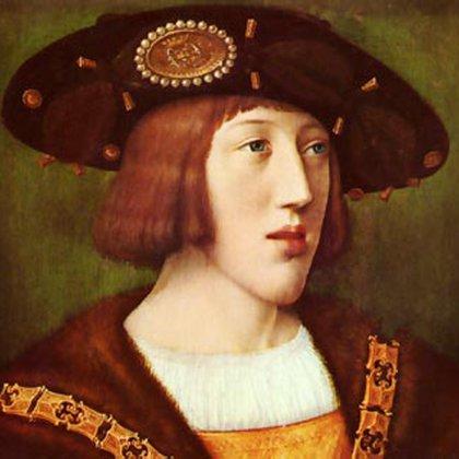 El joven rey Carlos I (luego emperador Carlos V), nieto de los reyes católicos, Isabel y Fernando. Bajo su reinado, España completó la conquista y colonización de América