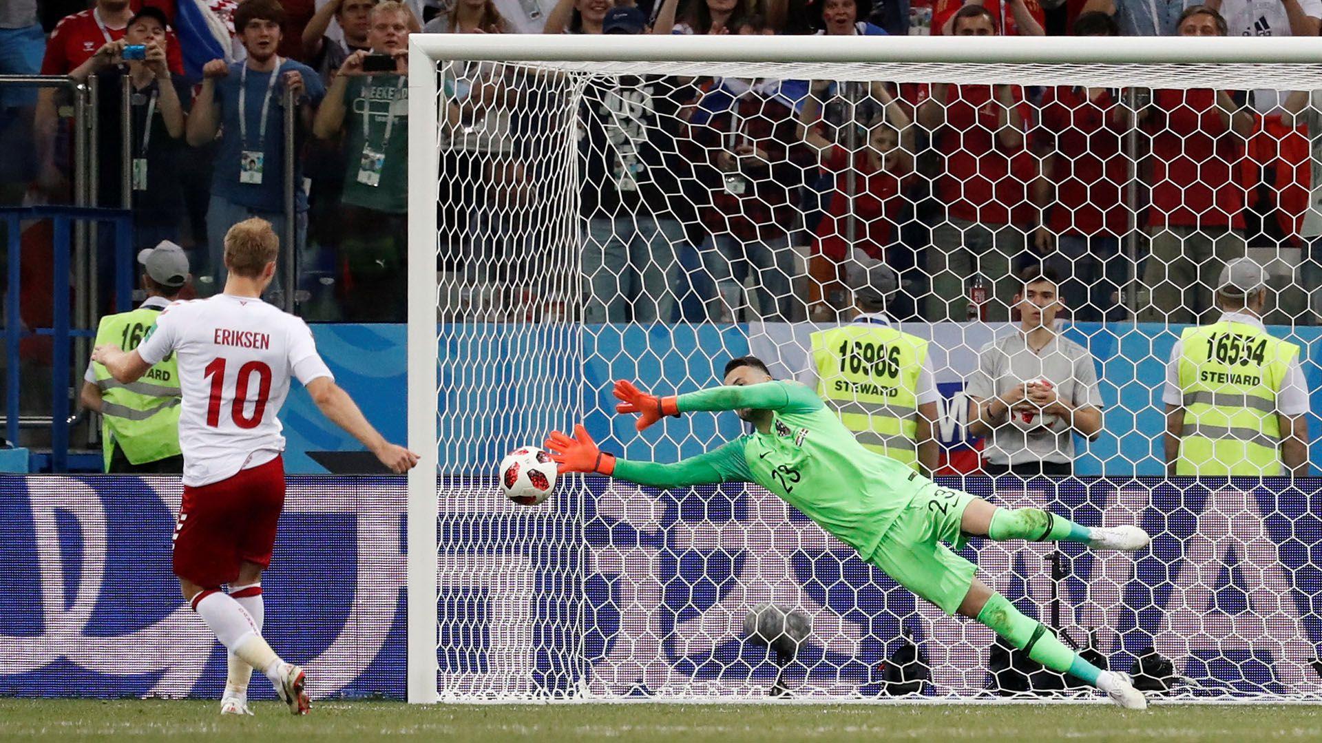 Eriksen falló un penal contra Croacia en la tanda por los octavos de final del Mundial de Rusia 2018 (REUTERS/Damir Sagolj)