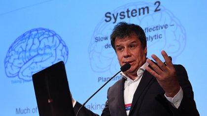 Facundo Manes neurocientífico insistió en que es indispensable abordar la enfermedad mental a la par de la salud física. (Maximiliano Luna)