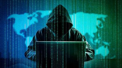 La digitalización de información hace de la ciberseguridad, una preocupación cada vez más presente en el mundo de los negocios (iStock)