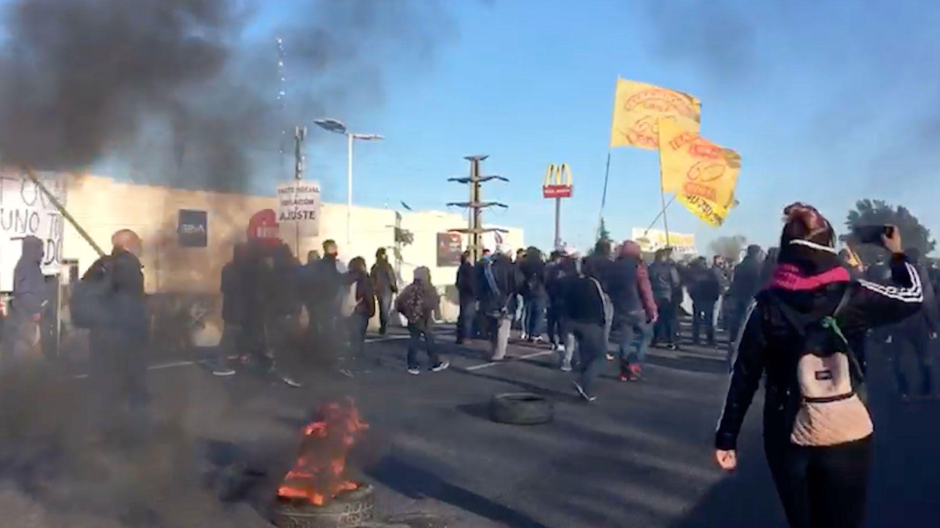 Protesta en Acceso Oeste captura
