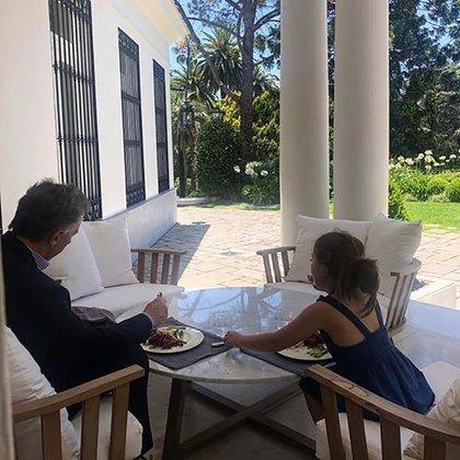 """Mauricio Macri almuerza junto a su hija: """"Charlas de papé e hija"""", posteó  Awada"""