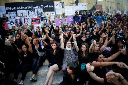 Días antes había surgido la polémica por el recorte al presupuesto en las entidades donde más feminicidios se habían registrado. (Foto: Reuters)