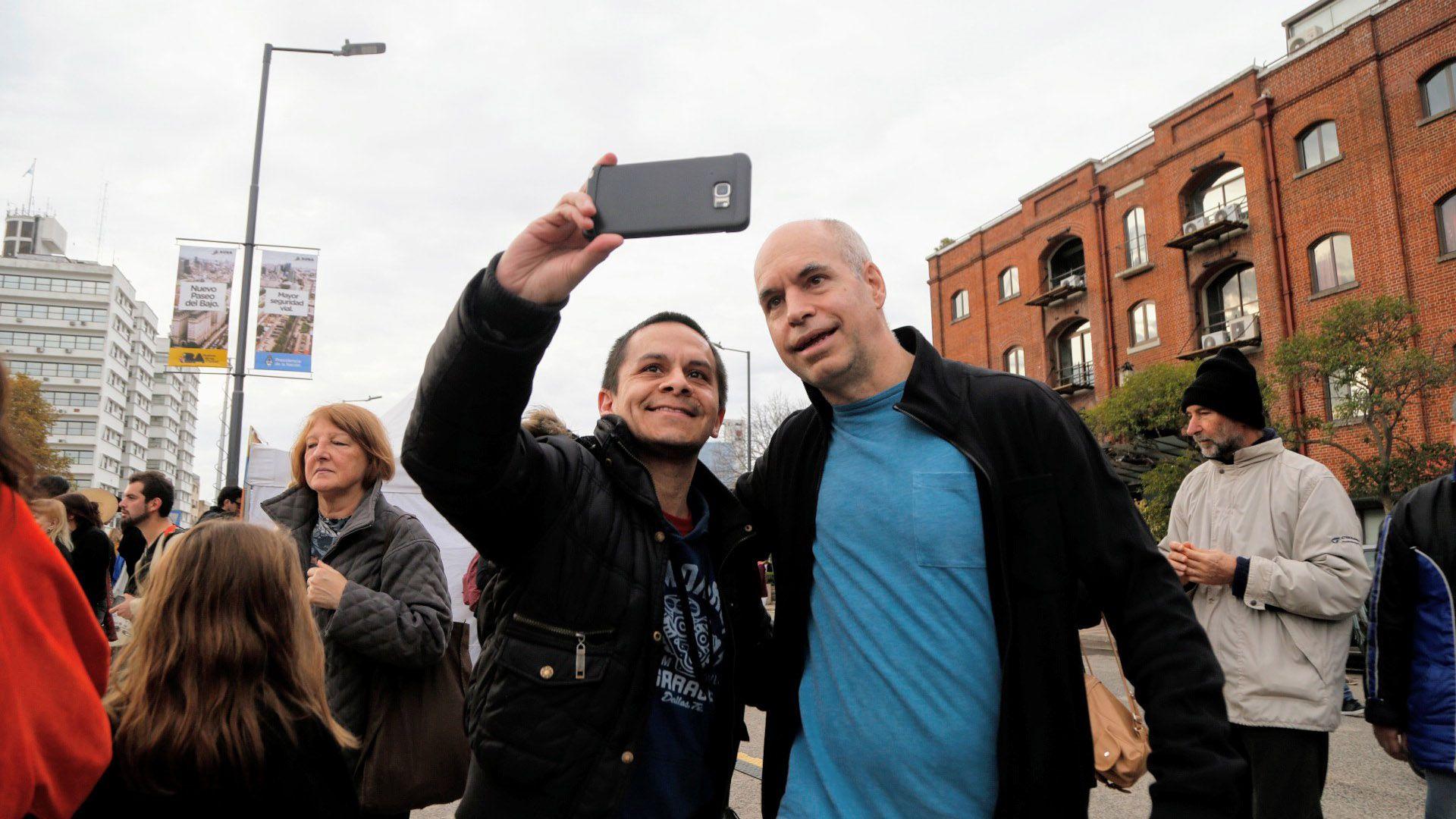 Horacio Rodríguez Larreta hará campaña recorriendo barrios y acompañado por vecinos.