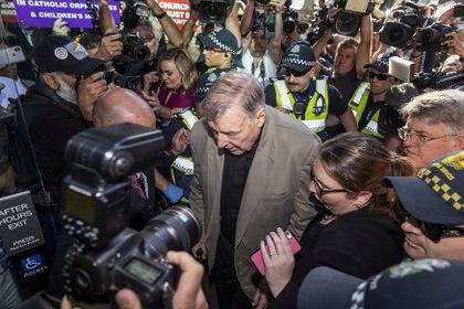 George Pell a su llegada a una corte australiana. Foto:/Daniel Pockett/via REUTERS