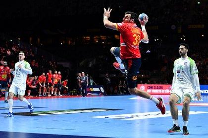 El pivote español, oro mundial en 2013 y vigente bicampeón europeo con la selección (con la que debutó en 2011), es jugador del club alemán desde 2012