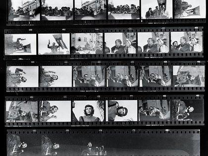 El rollo con las fotos que Alberto Korda tomó del acto, e incluía la foto más famosa del Che.