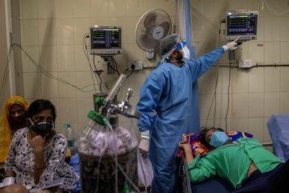 Los contagios aumentaron luego de la relajación de las medidas tomadas por el gobierno. REUTERS/Danish Siddiqui