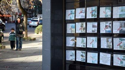 El derrumbe de las ventas de propiedades en el último año y medio informado por el Colegio de Escribanos de la Ciudad Autónoma de Buenos Aires mantiene en alerta al sector inmobiliario. (Nicolás Stulberg)