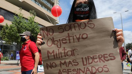 JEP pide a Defensoría del Pueblo trazar hoja de ruta para poner fin al asesinato de líderes sociales