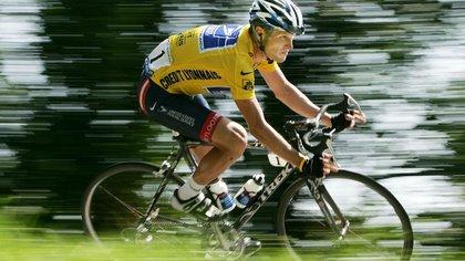 Lance Armstrong en el foco de la polémica (Reuters)