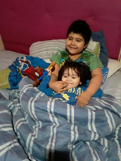 Junto a su hermano Toribio