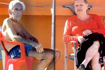 Las primeras vacaciones luego de pasar años en la cárcel. Barreda y Berta en Salsipuedes, Córdoba, en el verano de 2013 (foto Gente)