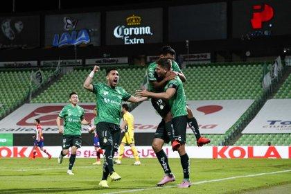 Luego de cinco partidos sin perder, Santos buscará cerrar su participación en el torneo regular con dos victorias más (Foto: Cortesía/ Club Santos/ Jos Alvarez/ JAM MEDIA)
