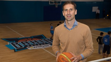 Pepe Sánchez es el presidente del club en el que volvería a jugar profesionalmente