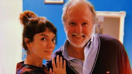 Gimena Accardi junto a su padre, Hugo