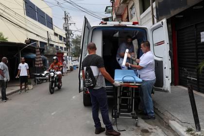 Personal médico en San Pablo (Reuters/ Amanda Perobelli)