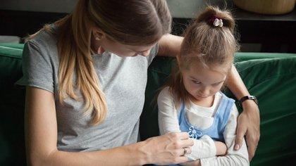 La importancia de hablar del tema con los más pequeños de la familia (Shutterstock)