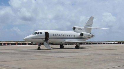 Uno de los aviones ejecutivo Dasaault Falcon que el gobierno venezolano le cedió a La Habana para que utilicen los funcionarios castristas (La Patilla)