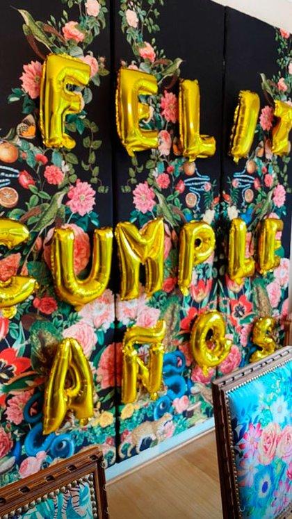 El cartel de cumpleaños que Vicuña le dedicó a su pequeño (Fotos y video: Instagram)