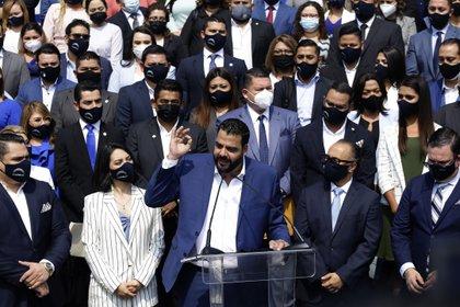 Los diputados salvadoreños toman posesión en un Congreso con mayoría oficialista