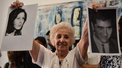 Estela de Carlotto (Adrián Escandar)