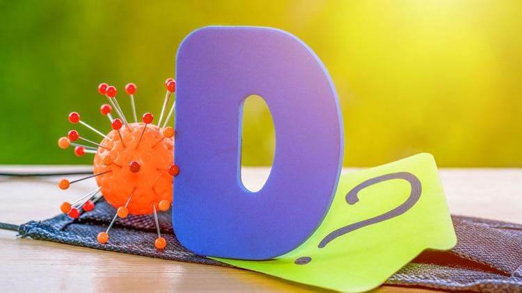 Hasta el momento no se ha encontrado evidencia que demuestre que el consumo de suplementos con vitamina D sirva para la prevención de COVID-19. Al principio de la pandemia, se creía que los suplementos podían ayudar (Shutterstock)