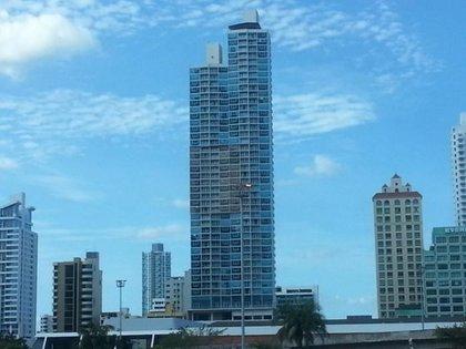Edificio Serenity at the Bay en Panamá, donde la Justicia le detectó cuatro departamentos a Blaksley que ya fueron vendidos.