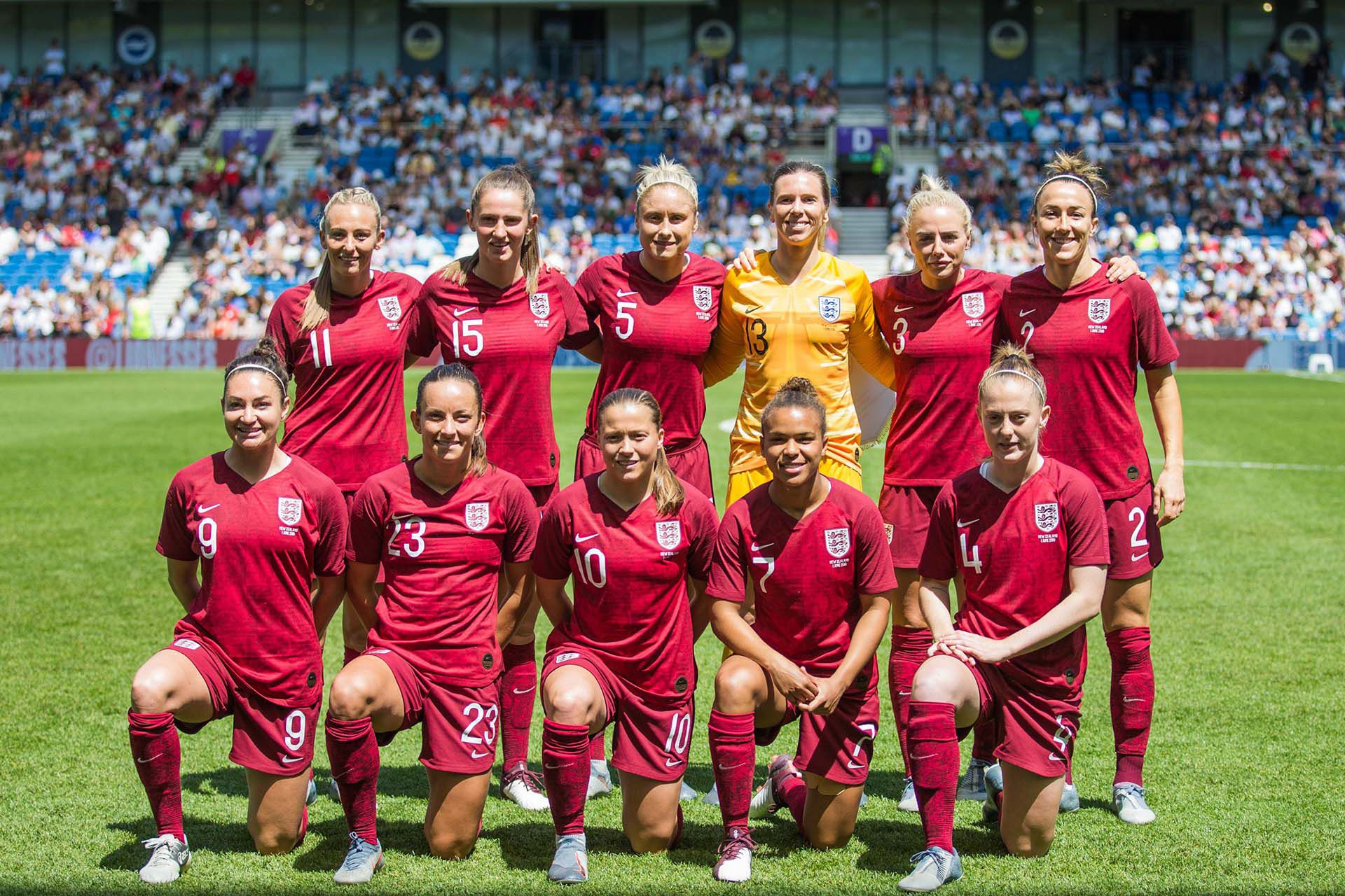 La formación de la Selección Femenina de Fútbol de Inglaterra durante el último Mundial (Shutterstock)