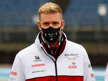Mick Schumacher había sido elegido para un entrenamiento con Alfa Romeo (Foto: EFE)