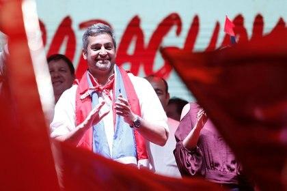 Mario Abdo Benítez celebrando la victoria electoral (Reuters)