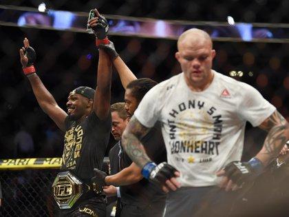 Jon Jones quiere renunciar al cinturón de UFC - USA TODAY Sports