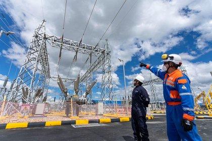 Por reparaciones y mantenimientos el servicio de electricidad será interrumpido en 3 zonas de Bogotá. Foto: Codensa