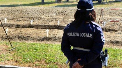El drama de un diputado italiano que revela el dolor de muchas familias en Roma: lleva dos meses sin poder sepultar a su hijo