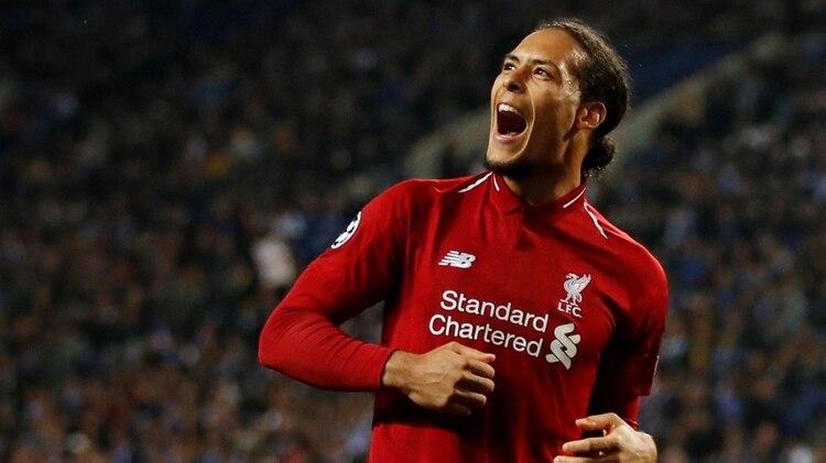 Virgil van Dijkes el pilar defensivo del Liverpool FC de Klopp(Reuters/Andrew Boyers)