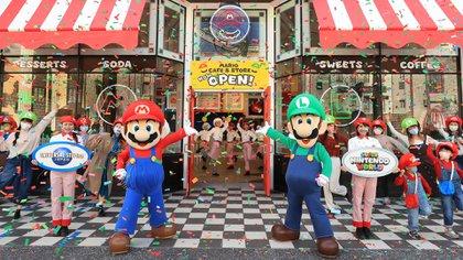 El Mario Cafe & Store en el Super Nintendo World dentro del parque temático Universal Studios Japan en Osaka (Universal Parks & Resorts)