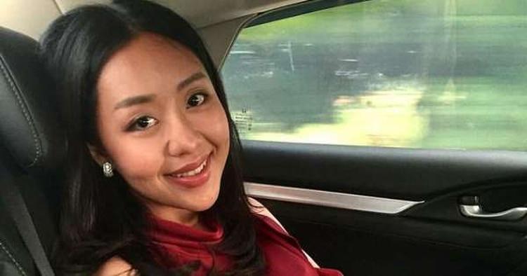 Según el post que publicó el empresario, Karnsita Rodthong habla chino e inglés y le ayuda a llevar su negocio (Foto: especial)