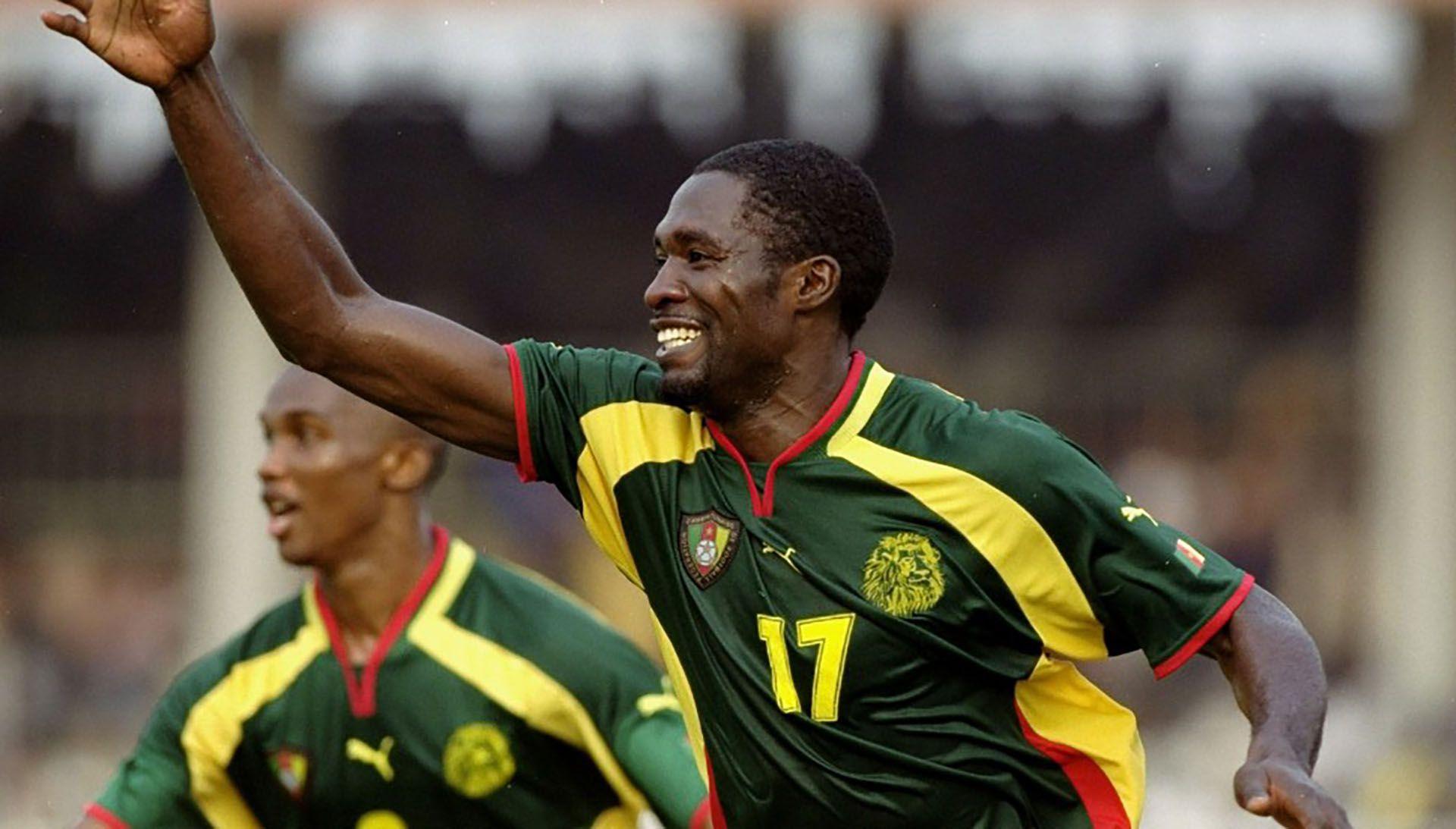 Marc-Vivien Foe, el futbolista camerunés que murió en 2003 por un ataque cardíaco en pleno partido