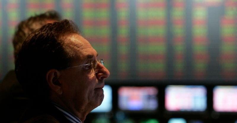 Los bonos en dólares de Argentina recuperan terreno. (Reuters)
