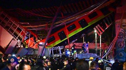 Subió a 26 la cifra de muertos por desplome de la Línea 12 del Metro