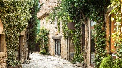 En el corazón de la provincia de Gerona se encuentra el pueblo medieval de Peratallada (Getty Images)