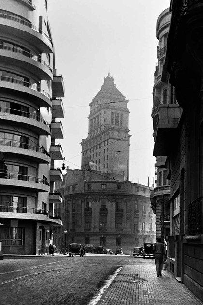 La Torre Mihanovich albergó a inmigrantes europeos con pocos recursos que llegaban en barco a Buenos Aires