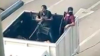 En octubre de 2019 circuló un video en redes sociales en el que presuntos sicarios del Cártel de Sinaloa se grabaron con armas de grueso calibre, entre ellas, una ametralladora Browning (Foto: Archivo)