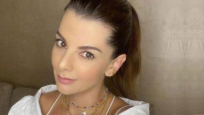 Actualmente la actriz comparte su vida con Lincoln Palomeque, con quien tiene dos hijos, Salvador y Matías.