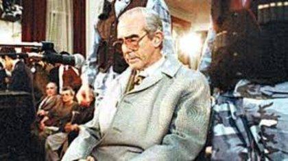 Ricardo Barreda frente al tribunal que lo juzgó por el asesinato de su mujer, su suegra y sus dos hijas hace 25 años