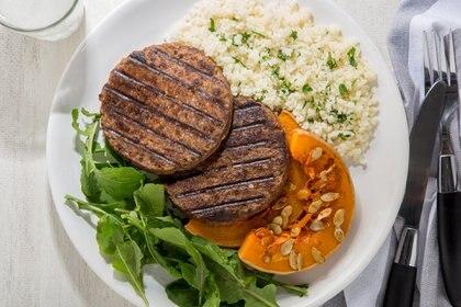 La hamburguesa vegetal requiere un 90% menos de agua en su fabricación que una convencional (Andrea Salerno Jacome - Frizata)