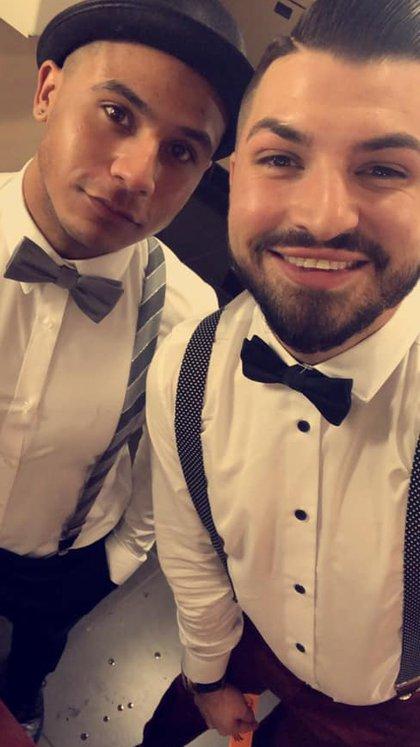 James y su pareja, Jonathan, salieron de un bar muy ebrios lo que provocó que el segundo vomitara sobre el auto del servicio de Uber (Foto: Facebook James Porter)