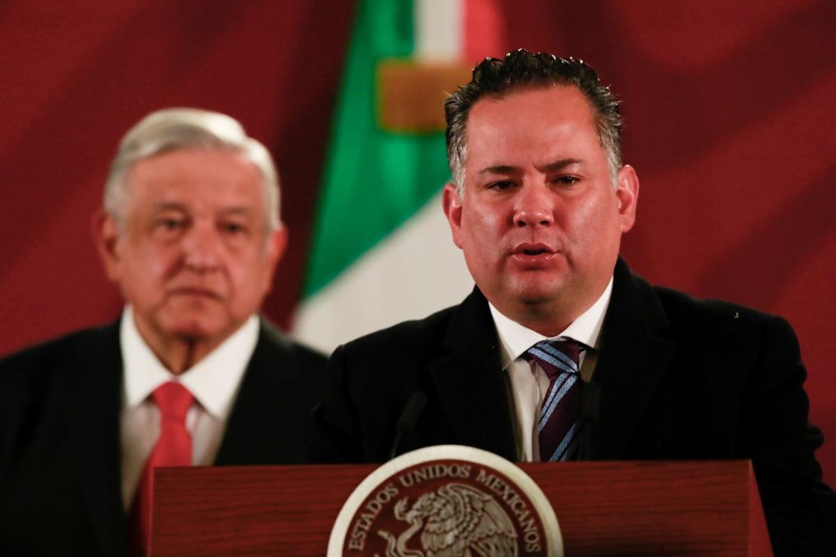 """""""La fiesta se acabó"""": Santiago Nieto informó que la UIF congeló cientos de cuentas a redes de trata, narcotráfico y lavado de dinero"""