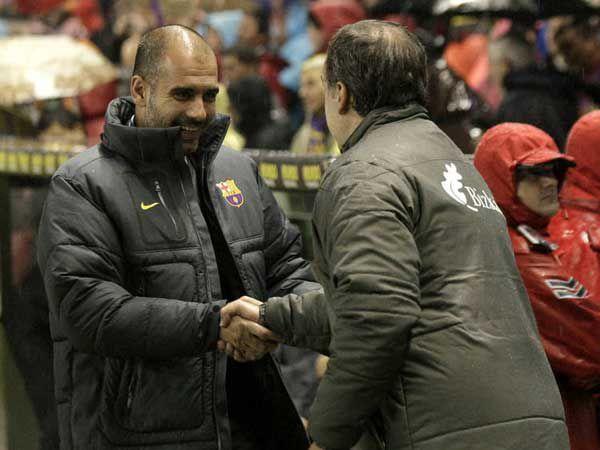 Guardiola y Bielsa se enfrentarán por cuarta vez en su historia (EFE)